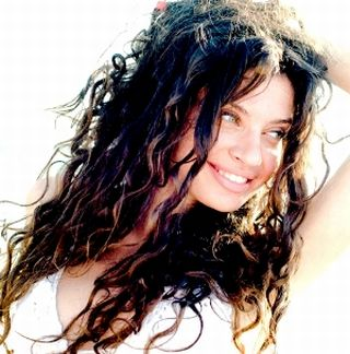 Irregular Wet Curls