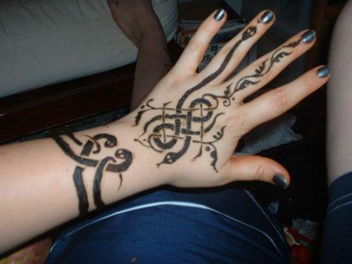 Celtic Knot Stencil