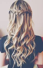 Curly-Waterfall-Braid