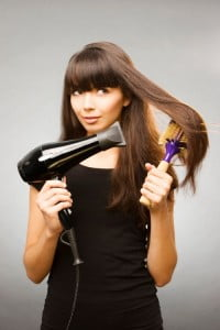 Hot and Cold During a Blow Dry Maintains the Style for Longer