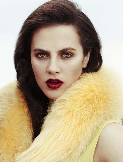 Jessica Brown Findlay eyebrows
