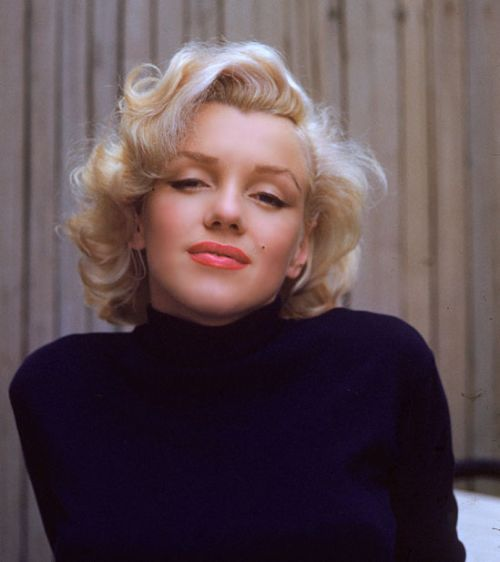 Marilyn Curls