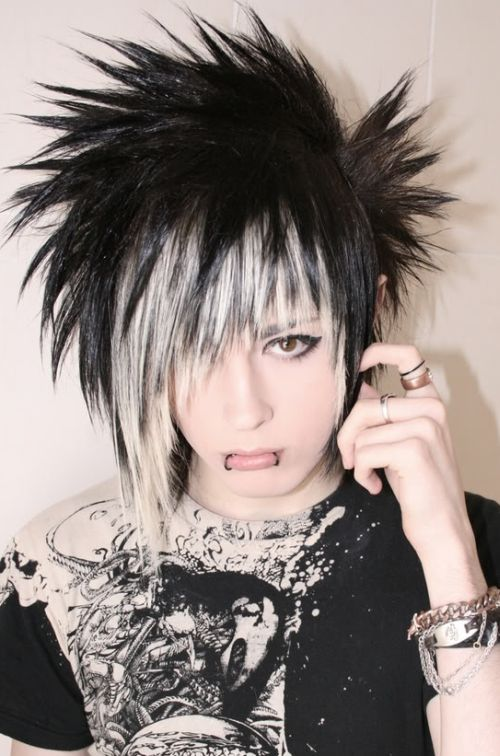 Emo Hairstyles For Thick Hair : 62 spectacular scene hairstyles for short & medium hair