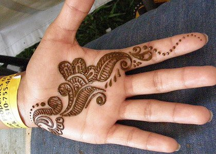 Mehndi Tattoo New : Latest pakistani mehndi designs and their symbolic meaning