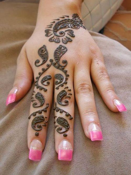 Stylish Tattoo for Backhand