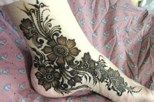 Bridal Mehndi Feet Images : Wonderful bridal mehndi designs for hands and feet
