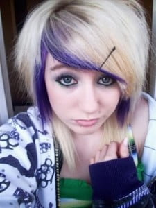 Violet hairline