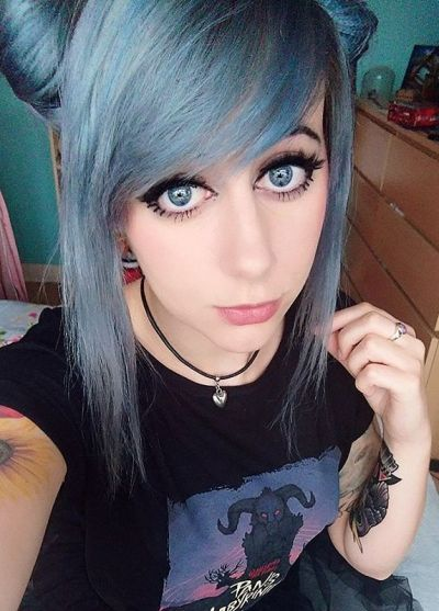 grey layred hairstyle