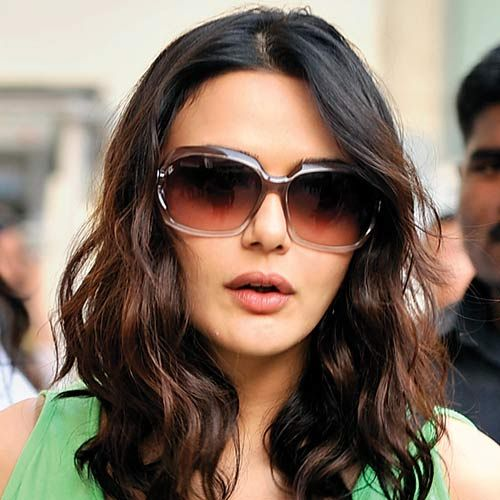 Preity Zinta plastic surgery photo