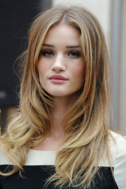Rosie Huntington Whiteley center parted do