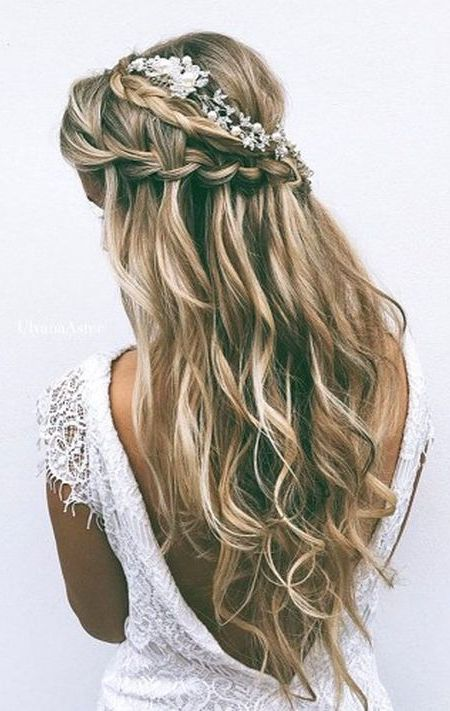 Wedding hairstyle with low cut dress