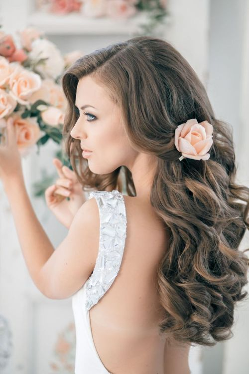 backless wedding hair