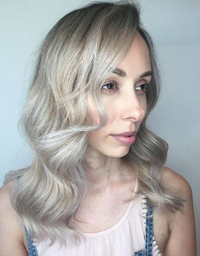 blonde balayage hairstyle for fine hair
