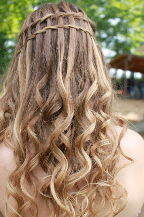 curly waterfall braid2