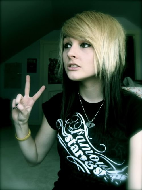 Astounding 50 Emo Hairstyles For Girls I Bet You Haven39T Seen Them Before Short Hairstyles Gunalazisus