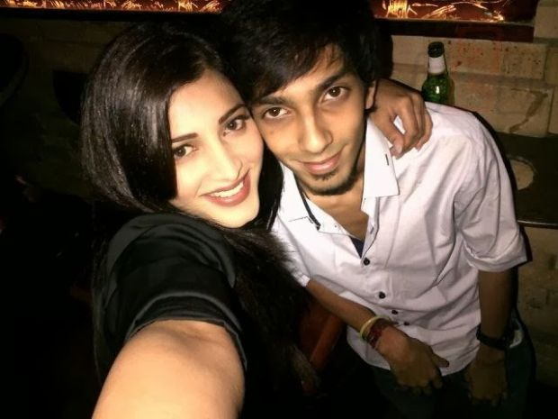Shruti Hasan and Anirudh Ravichander