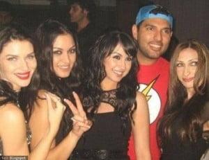 Yuvraj Singh at IPL party with girls