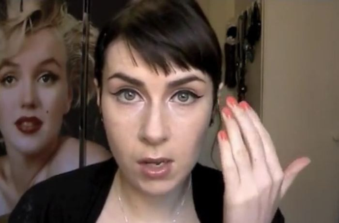 How To Apply Perfect Eyeliner