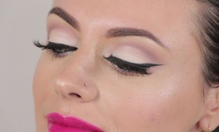 Basic Neutral Eye Makeup Tutorial Beginners Video