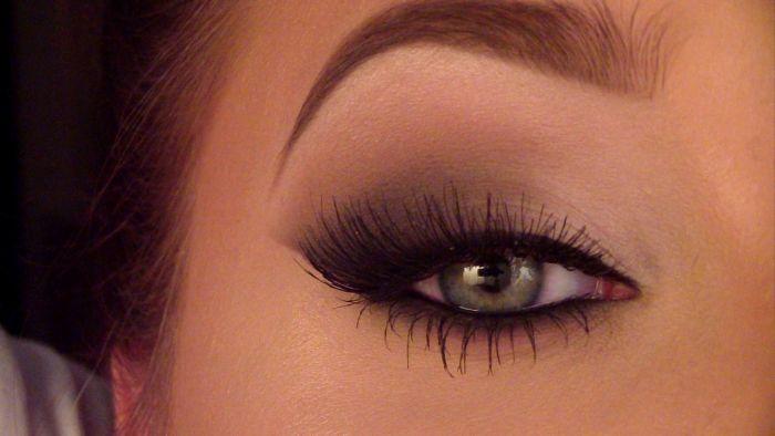 Smoky Cat Eye Makeup Tutorial