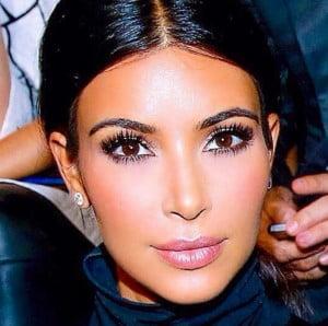 Kim Kardashian's highlighter cupids bow makeup trick