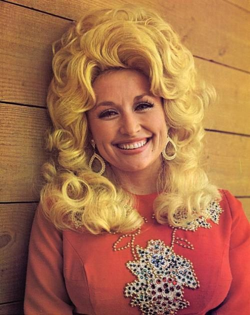 Dolly Partron Hairstyles (31)
