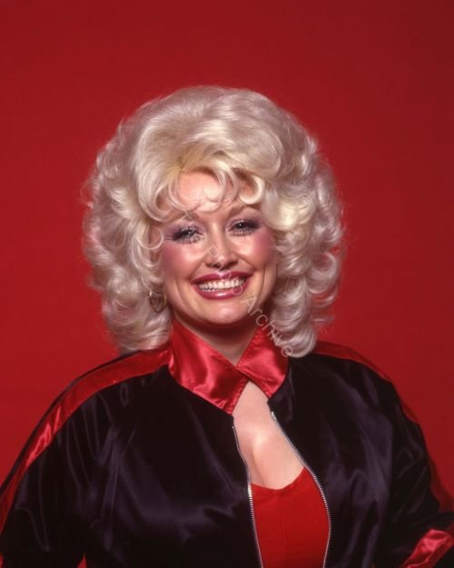 Dolly Parton Hairstyles 39 Photos For Your Inspiration