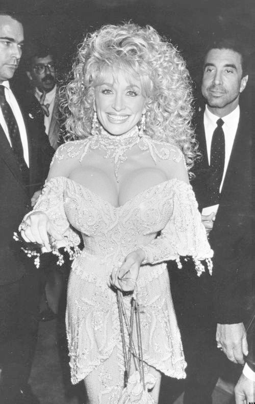 "Dolly Parton during ""Steel Magnolias"" New York City Benefit Premiere for the American Diabetes Association at Cineplex Odeon in Century City, California, United States. (Photo by Jim Smeal/WireImage)"