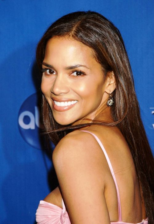 Halle berry hairstyles (24)