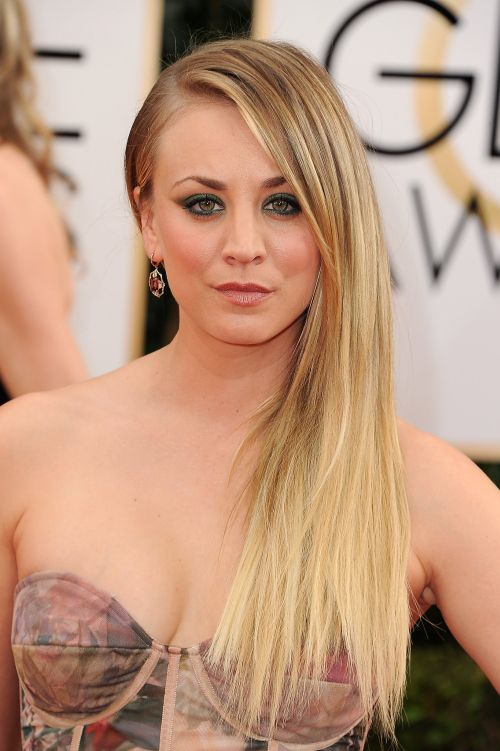 Kaley Cuoco Hairstyles (33)