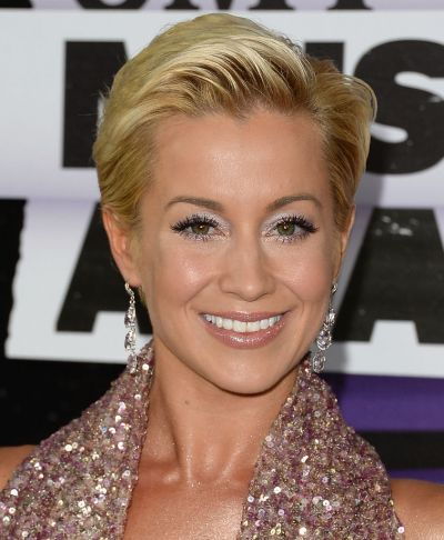 Peachy Kellie Pickler Hairstyles Pixie Bob Short Amp Long Haircuts Hairstyle Inspiration Daily Dogsangcom