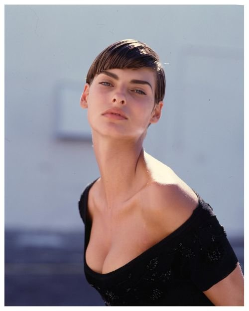 Linda Evangelista Hairstyles Most Unique Short Hairstyles