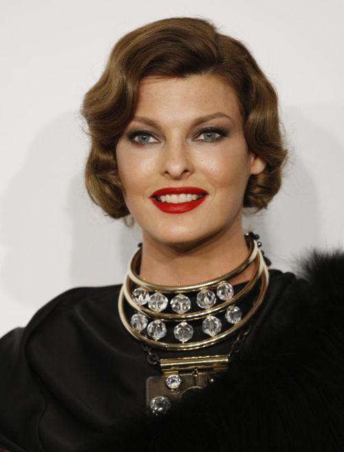 Linda Evangelista hairstyles (35)