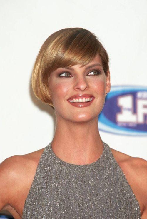 Linda Evangelista hairstyles (36)