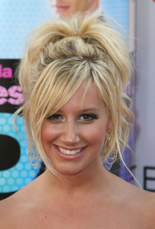 ashley tisdale hairstyles (16)