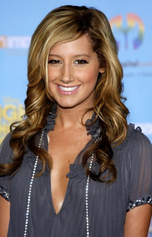 Magnificent Ashley Tisdale Hairstyles Which Are Worth Noticing 45 Photos Short Hairstyles For Black Women Fulllsitofus