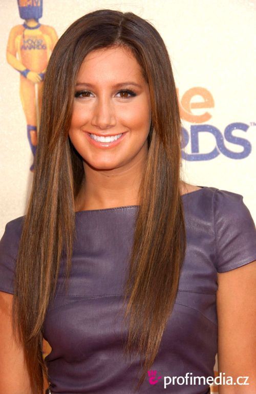ashley tisdale hairstyles (22)