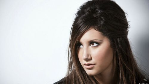 ashley tisdale hairstyles (25)