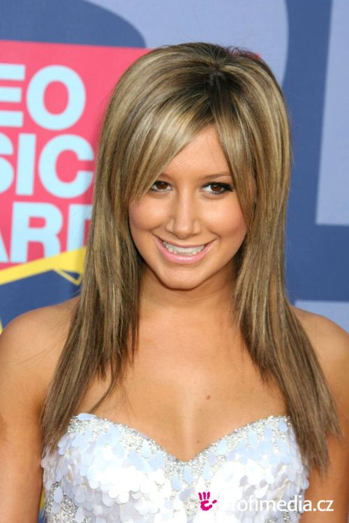 ashley tisdale hairstyles (27)