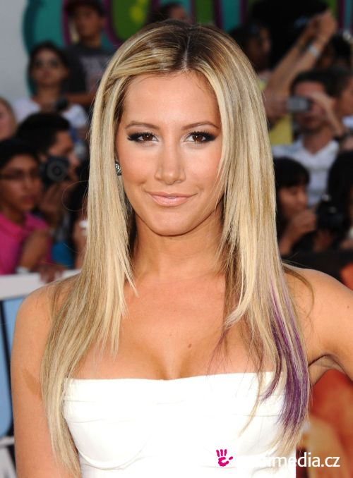 ashley tisdale hairstyles (40)