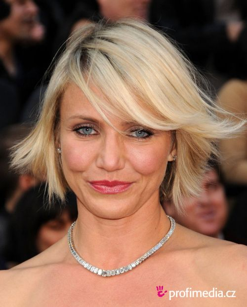 Miraculous Cameron Diaz39S Inspiring Hairstyles For Women With Fine Hair Short Hairstyles For Black Women Fulllsitofus