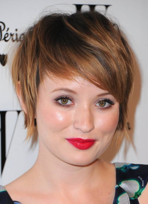 Emily Browning's feather haircut