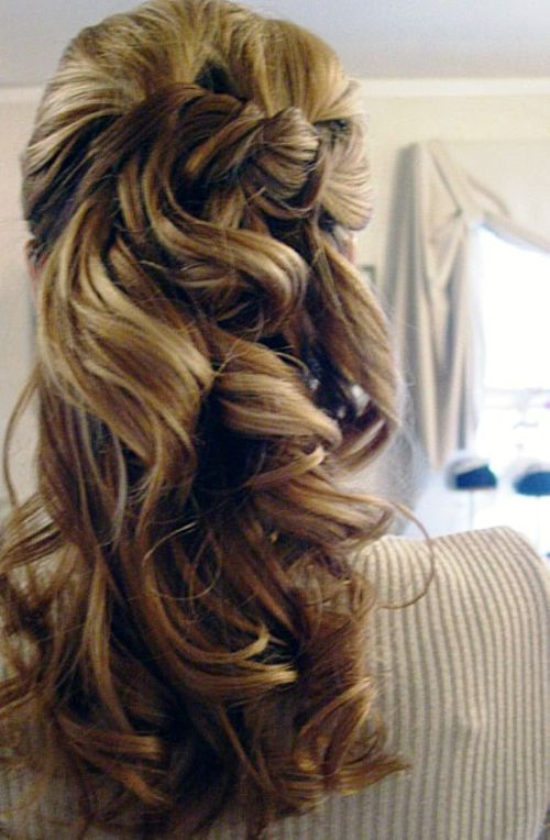 Super 39 Half Up Half Down Hairstyles To Make You Look Perfect Hairstyle Inspiration Daily Dogsangcom