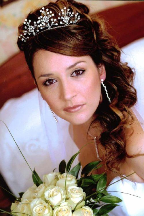 Admirable 37 Half Up Half Down Wedding Hairstyles Anyone Would Love Short Hairstyles Gunalazisus