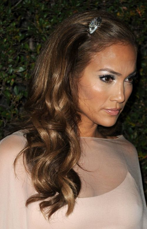 Jennifer Lopez's hairstyle
