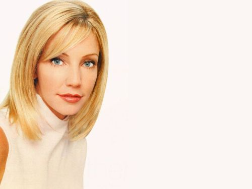 Heather Locklear Hairstyles Layers Dos Loose Buns Amp Casual