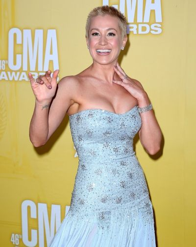 kellie pickler pixie haircut