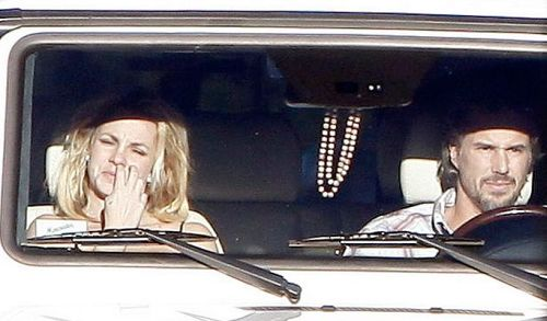 Britney Spears picking nose