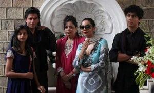 Shahrukh Khan family photos