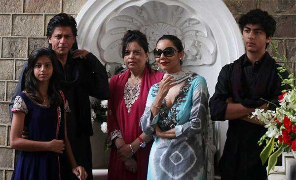 Shah Rukh Khan family photos